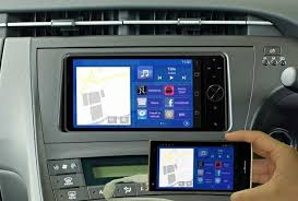 mirror link android japan panasonic intros mirrorlink for android phone and toyota