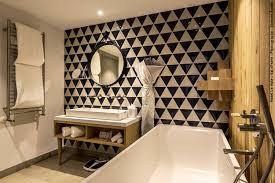bathroom tile kitchen floor wall carrelage en triangles