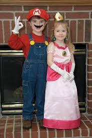 Mario Halloween Costumes Girls 25 Sibling Costume Ideas Sibling Halloween