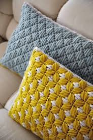 Sofa Pillows Contemporary by Best 25 Contemporary Throws Ideas On Pinterest White Faux Fur