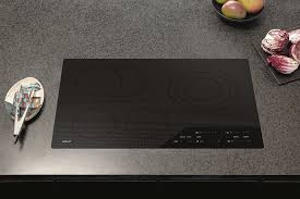 Wolf 36 Electric Cooktop Wolf Ce304cb 30 Inch Smoothtop Electric Cooktop With 4 Radiant