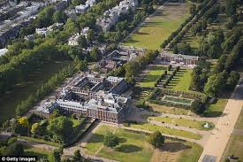 kennington palace what s going on behind the kensington palace hedge daily mail online