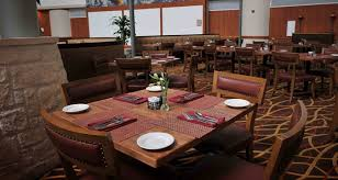 Dining At Hilton Austin Airport Creeks Restaurant - Restaurant dining room furniture