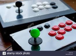 K He Holz Arcade Game Table Stockfotos U0026 Arcade Game Table Bilder Alamy