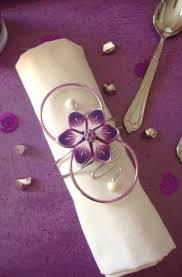 rond de serviette mariage rond de serviette violet et blanc fleur sur fil aluminium