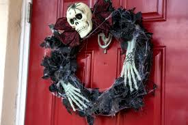 this woman u0027s cheap halloween decorations cost her less than 50