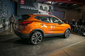 orange nissan rogue 2017 nissan rogue sport first look review motor trend