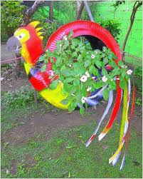 Garden Craft - 10 colorful garden crafts to make from old tires