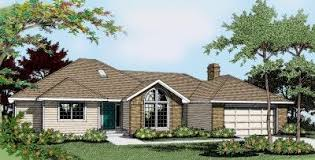 Hipped Roof House Ranch House Plans With Hip Roof House Plans
