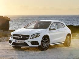 best black friday deals for compact suv mercedes benz gets aggressive in redo of gla small suv