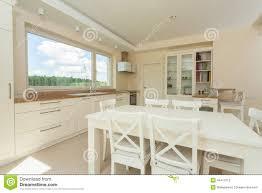 table cuisine blanc table blanche cuisine meubles de salon avec cuisine en blanc 4