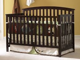 Graco Freeport Convertible Crib Graco Freeport 4 In 1 Convertible Crib Less Than 100 Free Shipping