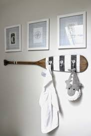 How To Decorate A Beach Cottage by Everything Coastal 10 Ideas For Coastal Decorating With Oars