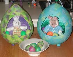 papier mache easter eggs paper mache easter baskets so much holidays