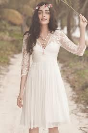 robe de mariã e classique robes de mariée à manches le style classique avec la modernité
