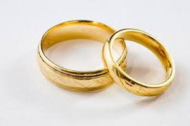 Huge Wedding Rings by Wedding Rings Gold Wedding Ring Sets For Bride And Groom Gold