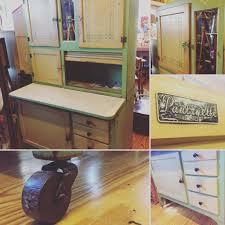 Kitchen Maid Hoosier Cabinet by Great Vintage Hoosier Cabinet Green Tu Tone Pantryette Enamel Top