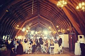 unique wedding venues in michigan autumnal michigan wedding ruffled