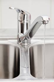 kitchen faucet is leaking deltaen faucet repair new removal model ofenzo com washerless