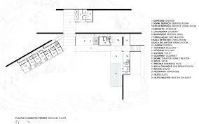 jacobsen arquitetura u0027s bv house stretches over the landscape
