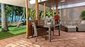 eschewing routine refurbs at inn at mama u0027s fish house travel weekly