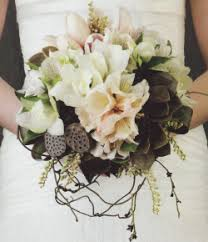 articles wedding flowers organic rustic styled bridal bouquets