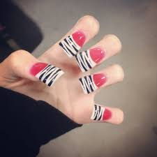 girls with acrylic nails or not pic bodybuilding com