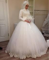 robe de mari e dentelle manche longue vente chaude musulman robes de mariée tulle applique dentelle à