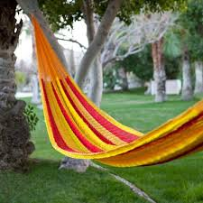 33 hammock ideas adding cozy accents to outdoor home decorating