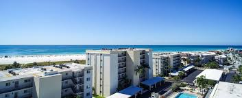 crescent royale condominiums only 100 steps to beautiful siesta