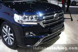 land cruiser 2015 2016 toyota land cruiser facelift grille at 2015 dubai motor show