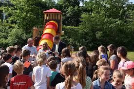 Kindergarten Bad Hersfeld Einweihung Des Neuen Spielgerüstes An Grundschule