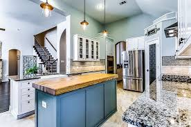 Bianco Antico Granite With White Cabinets 25 Blue And White Kitchens Design Ideas Designing Idea