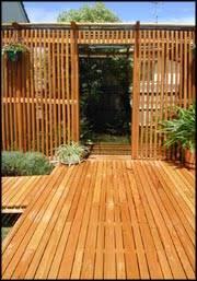 es garden and patio decor deck and fencing ideas