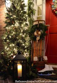 Outdoor Christmas Decorations B M by Christmas Porch Decorating Ideas