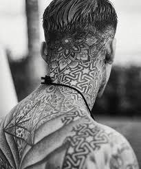 imagenes tatuajes cuello tatuajes en el cuello geometrico tatuajes pinterest tattoo