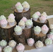 outdoor weddings do yourself ideas place your cupcakes in a