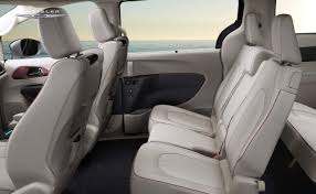 2017 chrysler pacifica erie pa at humes chrysler jeep dodge u0026 ram