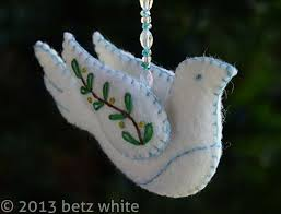 stitch along ornament 1 peace dove betz white