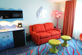 family suites at disney s art of animation resort a review finding nemo family suites at disney s art of animation resort youtube