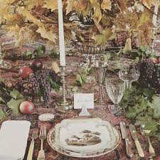 10 beautiful thanksgiving dinner tablescapes vogue