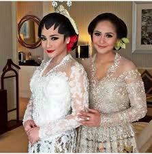 wedding dress nagita slavina leuhui deniez on nagita slavina mariana tengker