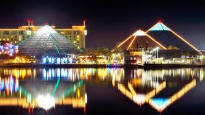 Light The Night Houston Zoo Lights U0027 Illuminates Houston With Holiday Cheer This Weekend