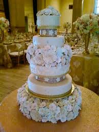 affordable wedding cakes beautiful wedding cake for a celebration affordable wedding cakes