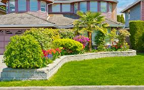 Elevated Front Yard Landscaping - 15 landscaping ideas for front yards garden lovers club