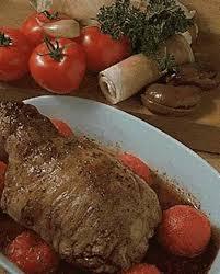 cuisiner une epaule d agneau epaule d agneau farcie pour 6 personnes recettes à table