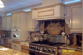 show me kitchen cabinets can anyone show me creamy or ivory cabinets with glaze