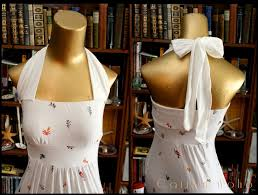 step by step tutorial how to add sleeves to a strapless dress