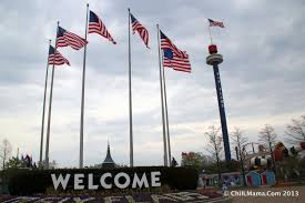 Six Flags Opening Day Chiil Live Shows Batman Backwards Opens At Six Flags Great