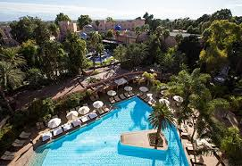 hotel piscine dans la chambre chambre supérieure vue atlas es saadi marrakech resort